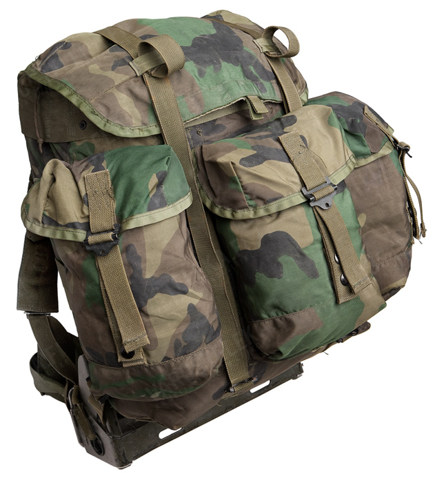 US ALICE Medium Pack, with frame, Woodland, surplus