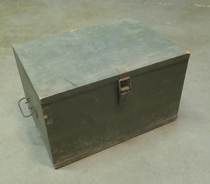 Finnish 120 mm mortar accessory crate, surplus