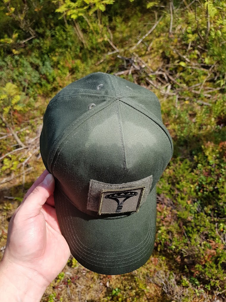 The spare cap earned its place in the backpack. Sneakers would have caused  some serious issues. On this trails camping spots 344f1581cda2