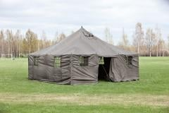 Large tent, 480 x 480 x 320 cm, with accessories