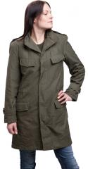 Belgian parka, M88, olive drab, surplus. A proper nice choice for women too, but these are of course sized for men.
