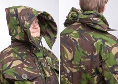British CS95  Windproof Smock, DPM, surplus. The roomy hood can be extended a lot.