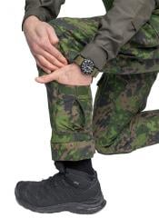 Särmä TST L4 Combat Pants. Calf pockets, these fit a can of dip, a tourniquet or a first aid dressing.