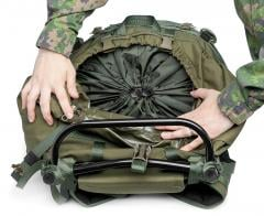 Särmä TST RP80 recon pack. The main bag is divided into upper 2/3 and lower 1/3 using a cinch cord divider.