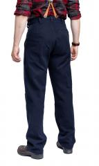 Särmä Worker Trousers, Wool. Model's waist 84 cm, height 175 cm and the trousers worn are size 32/32.