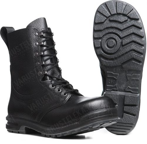 Swedish M90 combat boots