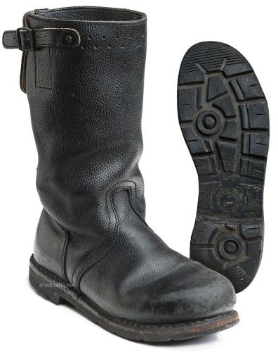 Bundesmarine jackboots, surplus