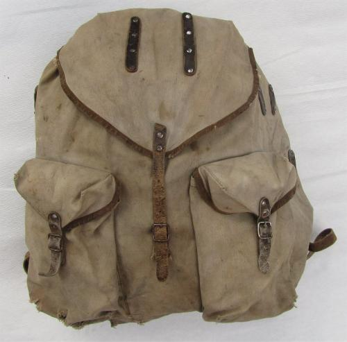 """Finnish """"sipulisäkki"""" backpack, WW2 type #1"""