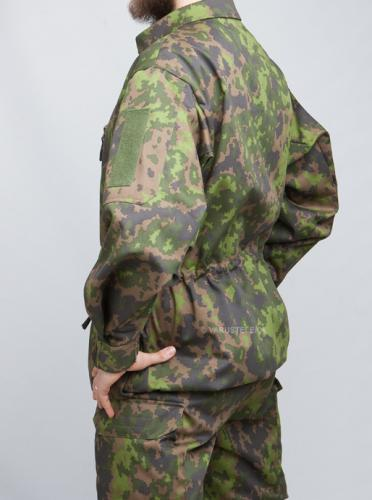 Särmä TST M05 RES camo jacket. Note the inconspicuous sleeve pocket!