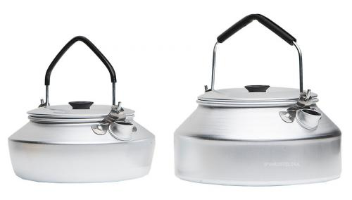 Trangia coffee pot for 25 series stoves, 0,9L. Size comparison, model 27 and 25.