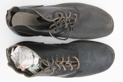 Russian navy shoes, with rubber soles, surplus. Note the cloth covered cardboard insole.