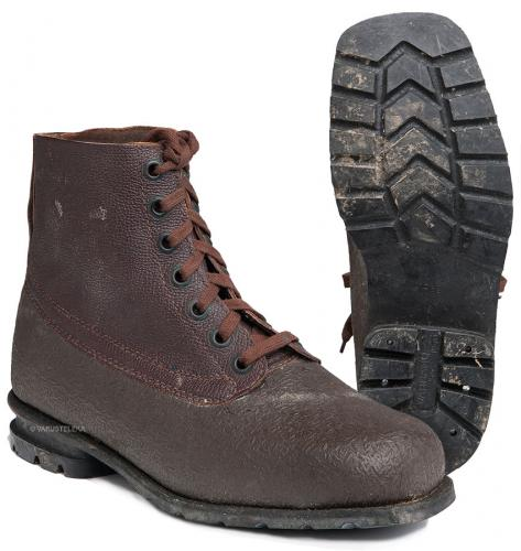 Swedish combat boots, rubber and leather, brown, surplus