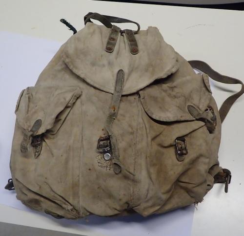 """Finnish """"sipulisäkki"""" backpack, WW2 type #3"""