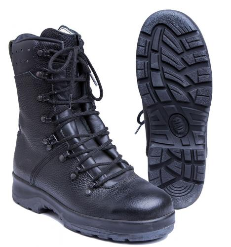 BW combat boots with safety toe, surplus