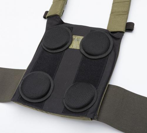 Särmä TST PC18 Plate Carrier. The body side is lined with loop fabric to allow pads to be attached.