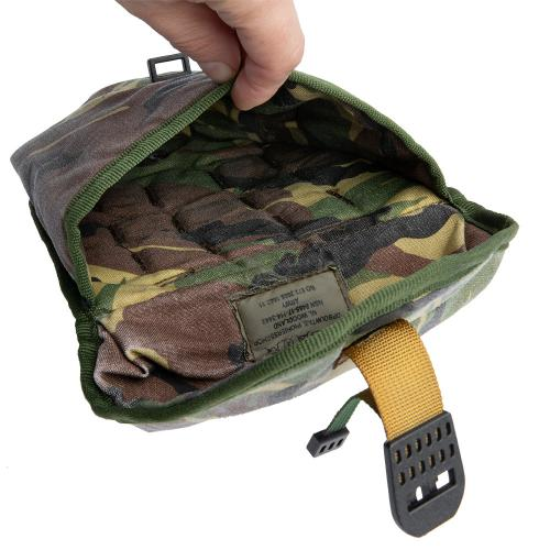 Dutch MOLLE E-tool pouch, surplus. One compartment inside, each wall is padded.