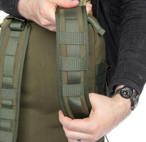Särmä TST CP15 Combat pack. The padded shoulder straps have provisions for small PALS pouches.