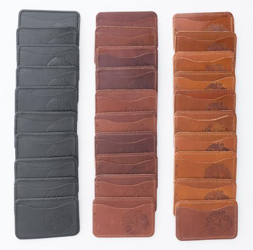 Jämä Card Wallet, Leather. Black, brown, honey. Tones vary.