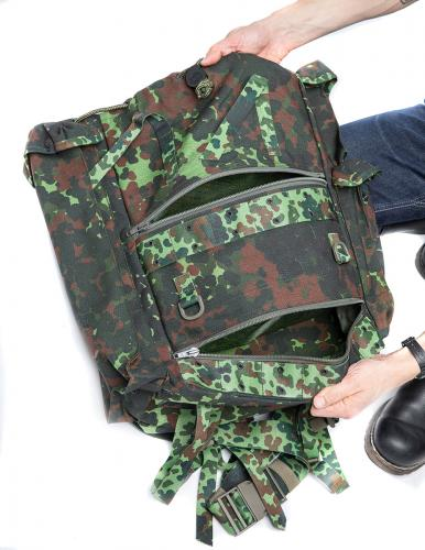 Belgian Paratrooper Pack, Flecktarn, Surplus. The lowest and middle compartment ajar.
