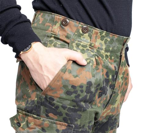 BW Cargo Pants, Flecktarn, surplus. Slash pockets and suspender buttons.