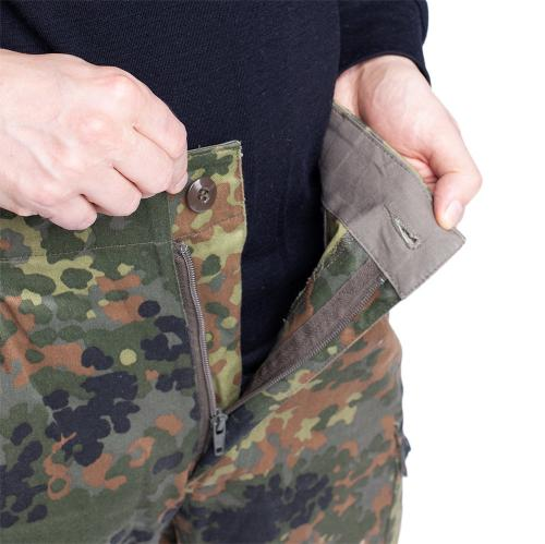 BW Cargo Pants, Flecktarn, surplus. Zipper fly with button fastening.