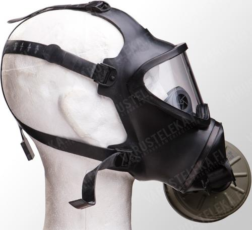 Belgian BEM 4 GP gas mask with carrying bag, surplus.