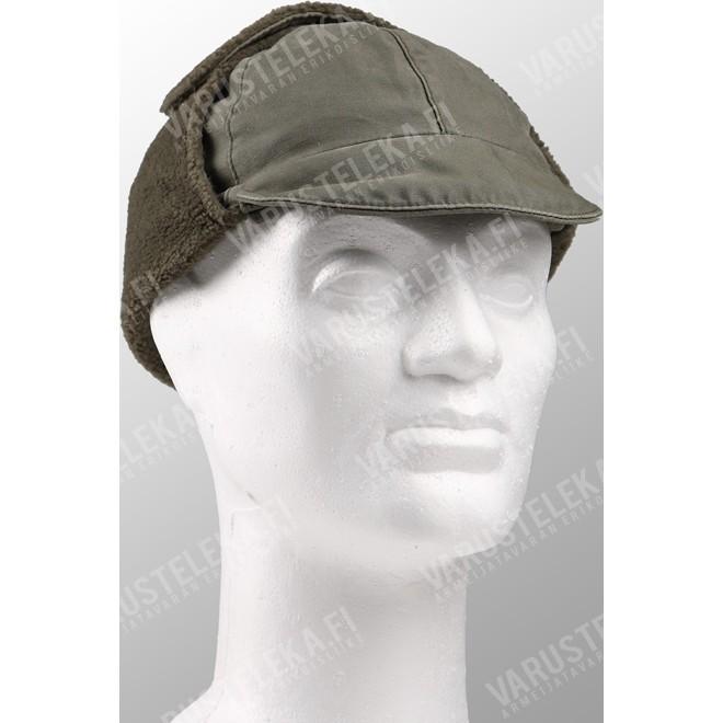131b226adad BW field cap