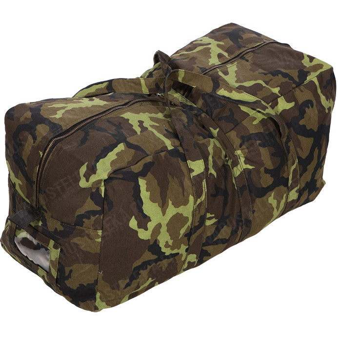 117a62f6fb39 Czech duffel bag